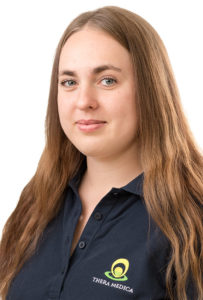 Portrait Juliana Westner, Physiotherapeutin bei Theramedica in Fellbach